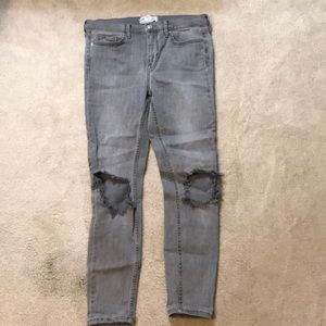 Free People busted knee skinny jeans- size 28
